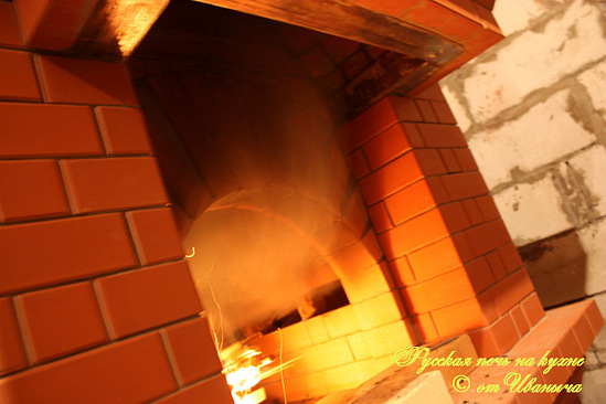 Русская печь на кухне