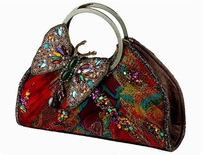Буфы цветочек сумочка.  Сонник много больших сумок.  Вязание спицами детских сумочек. сумочка вышитая бисером бисером.