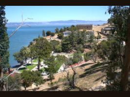 Замок Хэтли и Остров Ангела - Страница 2 95677--10929603-h200